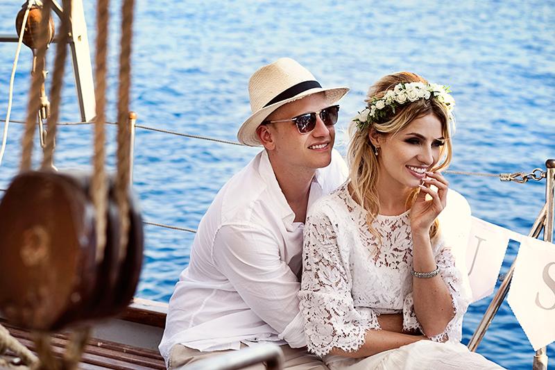 cruise wedding santorini
